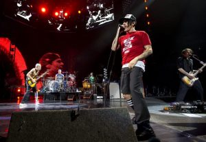 RHCP Concert  (Toronto, Canada – April 27, 2012)
