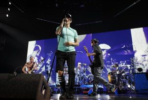 RHCP Concert (Rosemont, llinois – May 28, 2012)