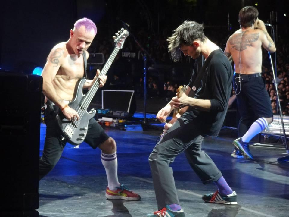 RHCP concert – Asuncion, Paraguay (Nov 05, 2013)