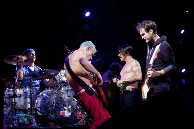 The Chili Peppers are returning to Europe in Summer 2016!