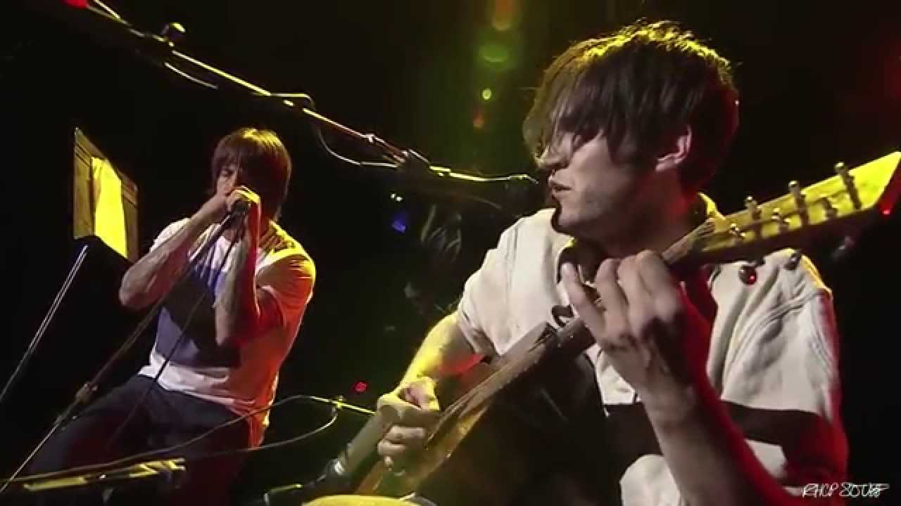 Anthony Kiedis & Josh Klinghoffer – Live set at UCLA Spring Sing 2015